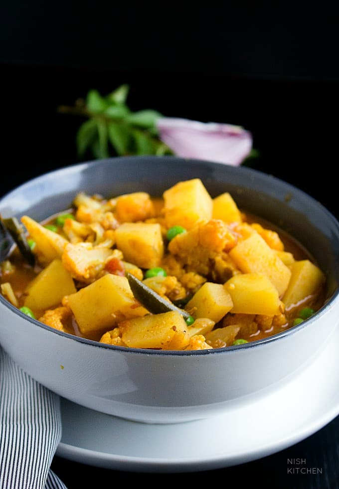 cauliflower and potato curry recipe