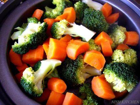 Steamed Broccoli Carrot