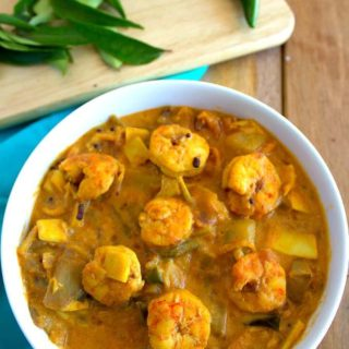 Prawn mango curry | chemmeen manga curry