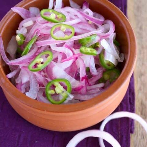 challas-sarlas-kerala-onion-salad