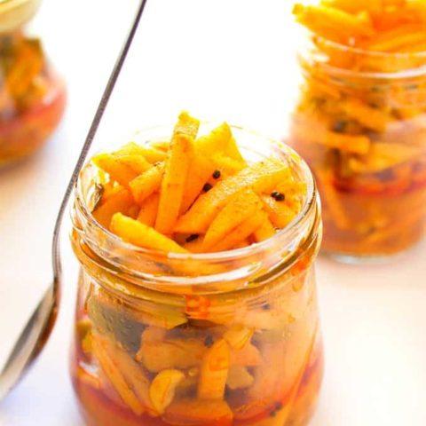kadumanga achar - raw mango pickle kerala