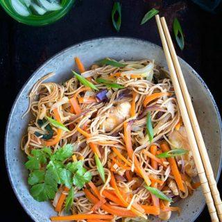 chicken yakisoba noodles recipe video