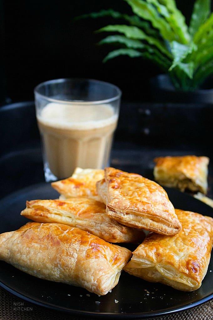 kerala style chicken puff