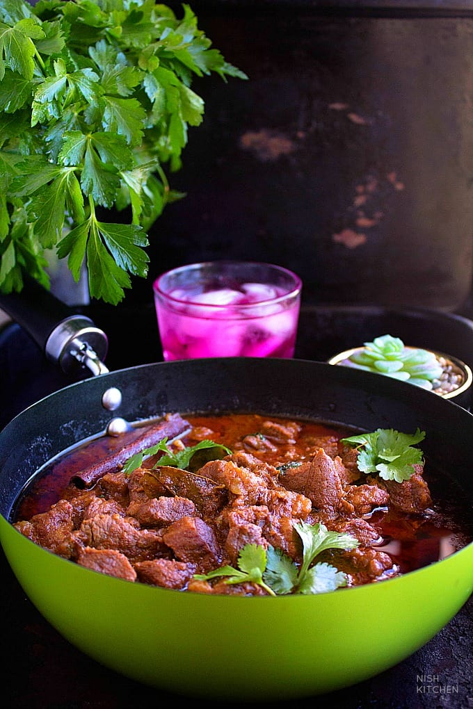 Restaurant style lamb curry