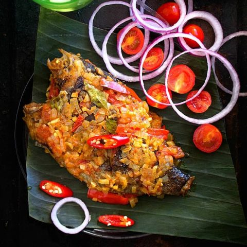 Meen Pollichathu | Fish Cooked in Banana Leaf