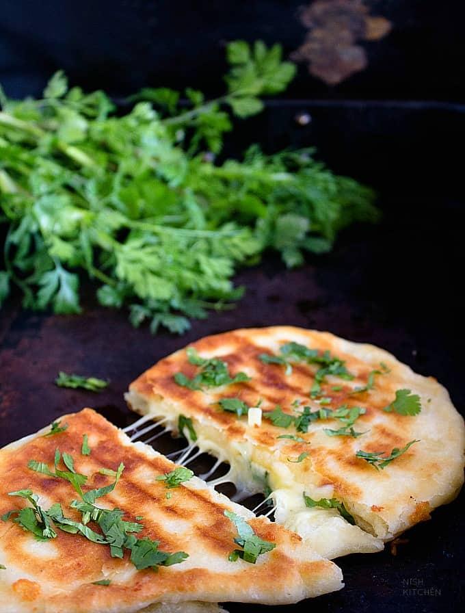 cheese stuffed naan recipe video