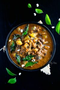 Black eyed peas curry - lobia curry