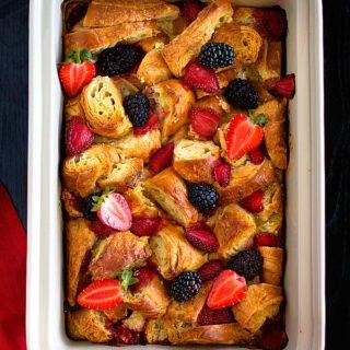 Sweet croissant breakfast casserole recipe video