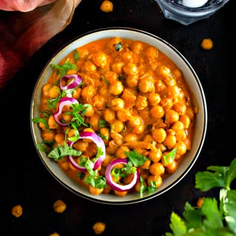 Indian butter chickpeas recipe video