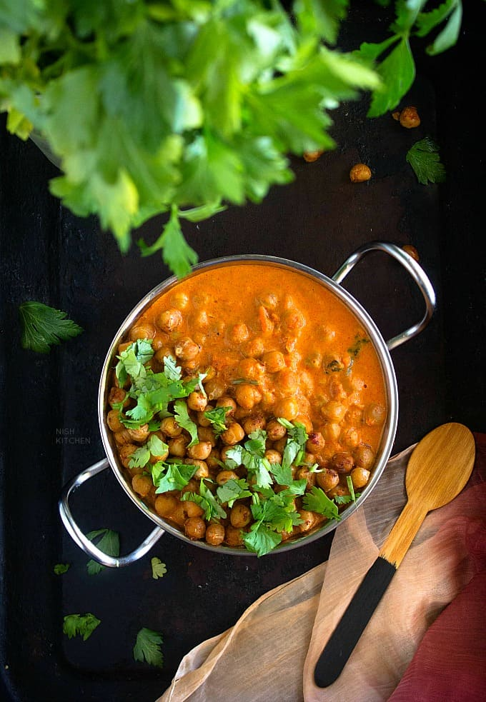 Tikka masala curry with chickpeas