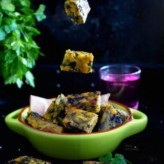 Kothimbir vadi recipe video