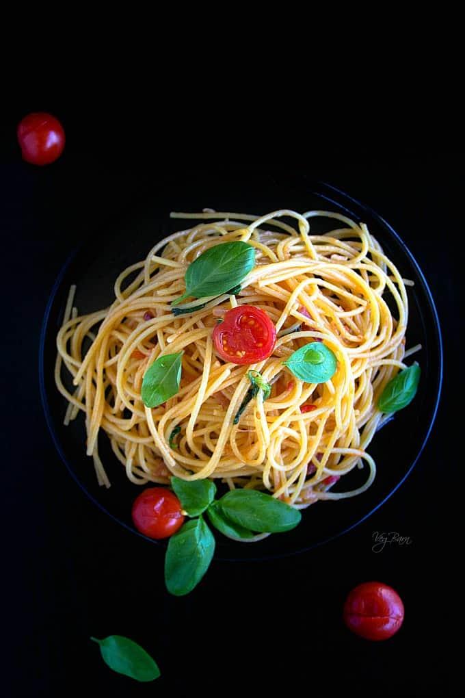 Brushetta inspired pasta