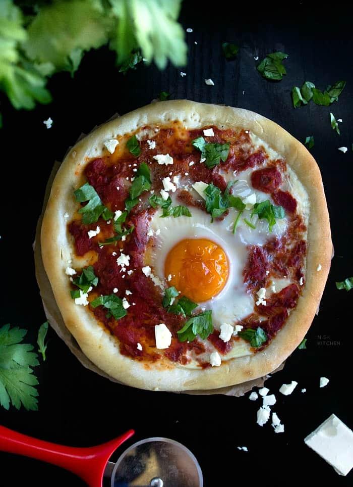 Shakshuka pizza recipe