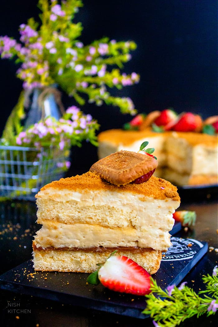Lotus Biscoff Cheesecake Cake Recipe